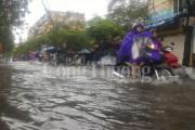Mưa lớn gây lụt lội tại Hải Phòng