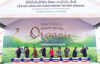 vinamilk khoi cong xay dung to hop resort bo sua organic quy mo 5000 ha tai lao
