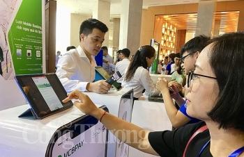 banking vietnam 2019 thanh toan dien tu lay khach hang la trong tam