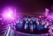 Sôi động trọn từng phút giây cùng 'dạ tiệc trắng' tại SKY36 Đà Nẵng