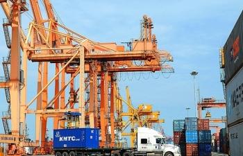 phat trien doanh nghiep logistics van la bai toan von