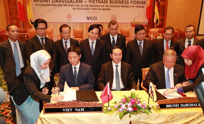 Ký MoU về hợp tác kinh tế và thương mại Việt Nam - Brunei