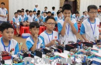 gan 150 hoc sinh xuat sac tham gia cuoc thi tai nang robot iyrc viet nam 2018