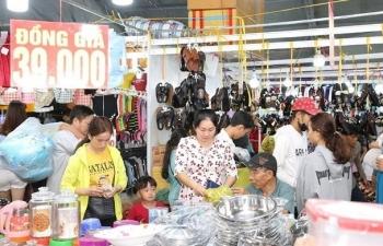 sap khai mac hoi cho thang khuyen mai tphcm 2019