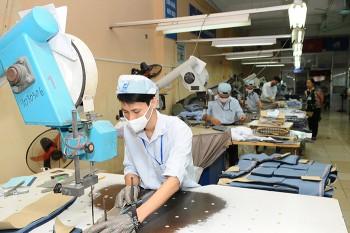 Kiến nghị đưa thuế nhập khẩu xơ polyester về 0%