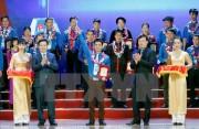 Trao giải thưởng Lương Định Của cho 85 thanh niên nông thôn