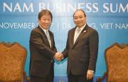 Thủ tướng tiếp Bộ trưởng Tái thiết kinh tế Nhật Bản và lãnh đạo các doanh nghiệp bên lề hội nghị VBS