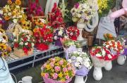 TP. Hồ Chí Minh: Giá hoa tăng cao dịp Lễ 20/11