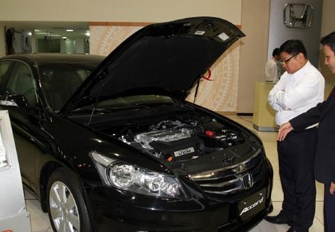 giá ô tô giảm
