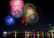 TPHCM: Xã hội hóa kinh phí bắn pháo hoa chào đón năm mới 2017