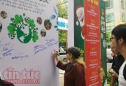 Đường sách TP Hồ Chí Minh tràn ngập không khí lễ hội cuối năm