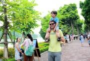 Gần 207 ngàn lượt du khách đến Hà Nội dịp Tết Dương lịch 2017