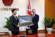 Bộ trưởng Trần Tuấn Anh mong quan hệ Việt Nam - Anh phát triển ngày càng sâu sắc
