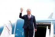 Thủ tướng lên đường dự kỳ họp lần thứ 40 Ủy ban liên Chính phủ Việt Nam-Lào