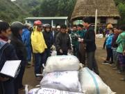 PC Quảng Nam tặng 550 suất quà Tết cho đồng bào xã A Vương