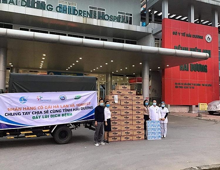 Đầu xuân, nhãn hàng Cô gái Hà Lan, Yomost và Friso tiếp sức Hải Dương với gần 40.000 sản phẩm sữa yêu thương