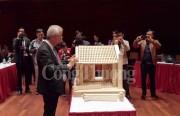 Bảo tàng Hà Nội tiếp nhận mô hình cổng làng Mông Phụ