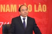 Thủ tướng Nguyễn Xuân Phúc gặp mặt các doanh nghiệp Việt Nam tại Lào