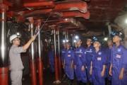 Trường cao đẳng TKV đẩy mạnh công tác tuyển sinh nghề mỏ hầm lò