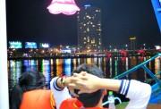 Tàu du lịch trên sông Hàn hoạt động trở lại sau 10 ngày tạm dừng