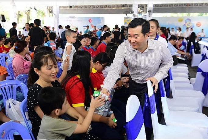 vinamilk huong ung thong diep niem vui uong sua tai truong cua ngay sua the gioi 2019