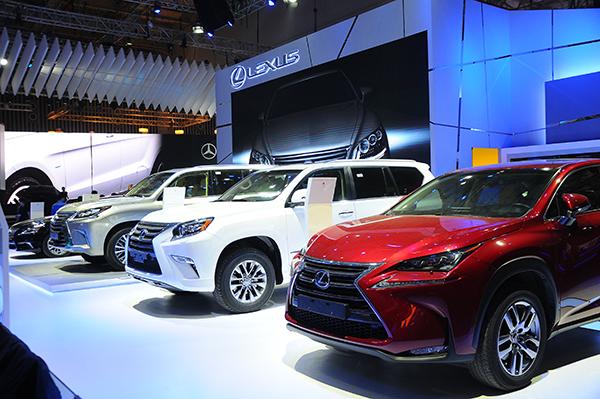 Doanh số toàn thị trường ô tô Việt Nam 6 tháng đầu năm đạt 136.000 xe, tăng 31% cùng kỳ