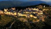 """Sun World Ba Na Hills được tặng danh hiệu """"Khu du lịch hàng đầu Việt Nam 2017"""""""