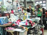 Tăng kiểm soát hàng lậu tại chợ Đồng Xuân