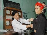 Bảo hiểm y tế hộ gia đình - Làm khó người dân