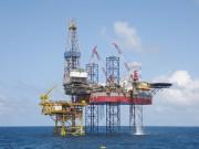 Chủ động ứng phó với biến động giá dầu thô