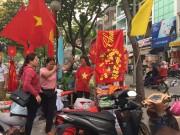 """Dịch vụ kinh doanh """"ăn theo"""" trận chung kết của U23 Việt Nam hốt bạc"""