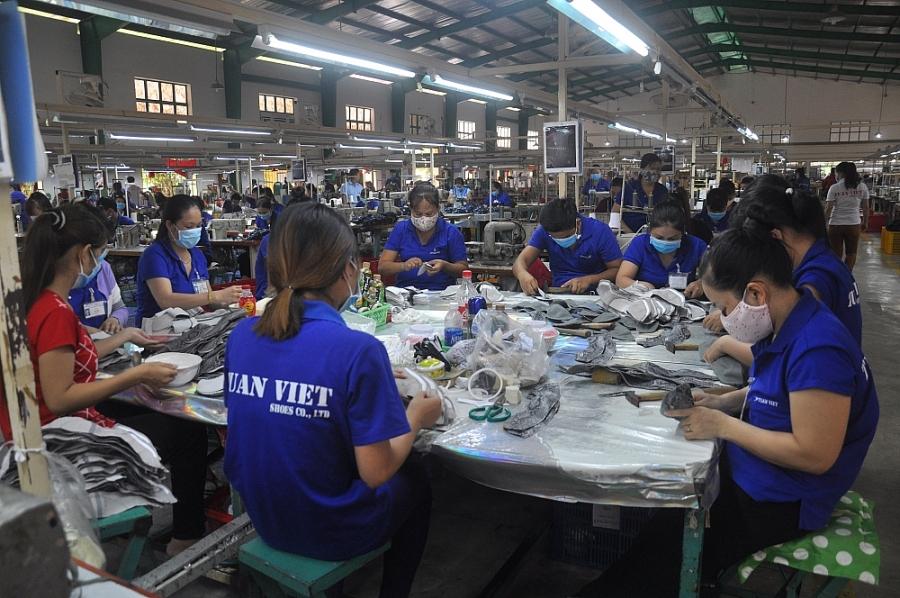 """Cần xây dựng """"chợ đầu mối"""" nguyên phụ liệu cho ngành da giày"""