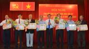 Đảng ủy Khối DNTMTW TP.HCM trao tặng Huy hiệu Đảng đợt 3/2