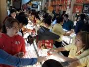 TP. Hồ Chí Minh: Sức mua vàng trong ngày vía Thần tài tăng cao