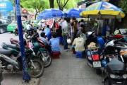 """TP. Hồ Chí Minh sẽ kiên quyết hơn trong việc """"giành lại"""" vỉa hè"""