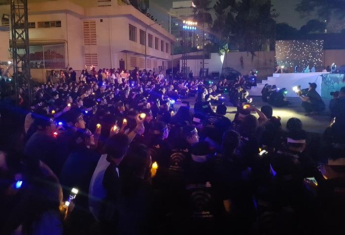 Hàng ngàn tình nguyện viên tham gia tắt điện hưởng ứng Giờ Trái đất 2018