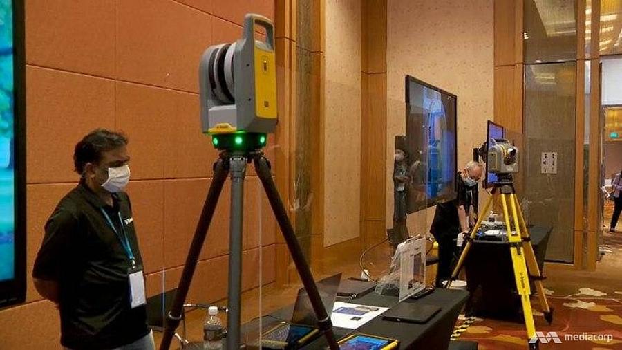 Singapore thử nghiệm hộp thiết bị bảo vệ khoảng cách an toàn để tái khởi động du lịch