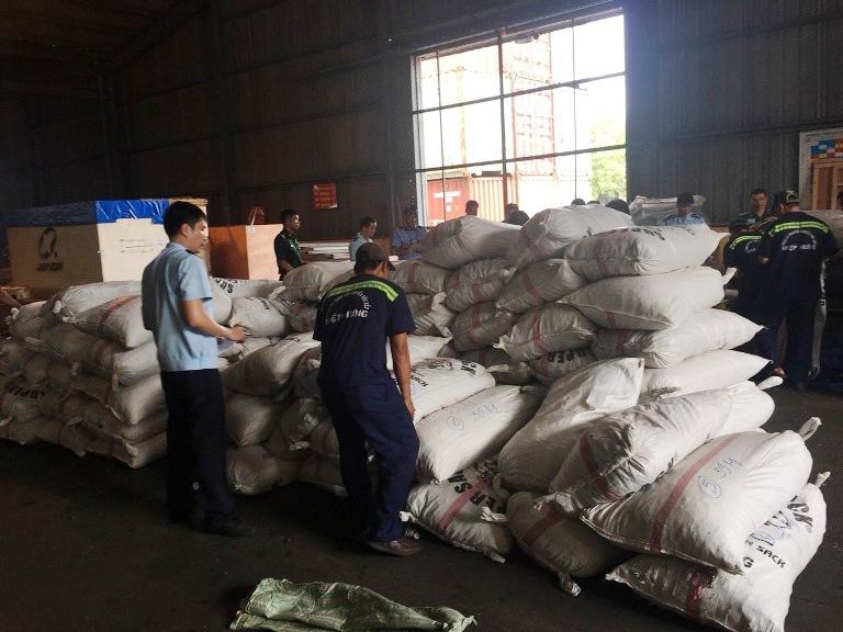 TP. Hồ Chí Minh bắt giữ 3,3 tấn vảy tê tê nhập khẩu trái phép