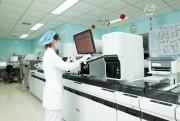 Thiết bị xét nghiệm đóng vai trò lớn trong chẩn đoán, điều trị chính xác