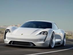 Porsche công bố tên gọi của dòng xe thương mại mới