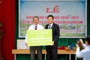 Chubb Life Việt Nam tặng thiết bị dạy và học cho 4 trường tiểu học miền Trung