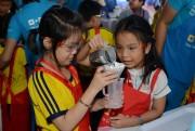 TP Hồ Chí Minh: Gần 500 học sinh tiểu học ngoại thành tìm hiểu về vai trò của nước sạch