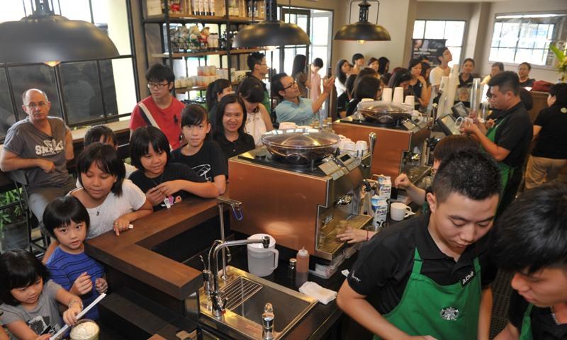 Image result for Starbucks đã chính thức khai trương cửa hàng mới của mình tại Hải Phòng