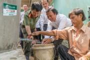Manulife Việt Nam tài trợ 100 bể chứa nước ngọt cho người dân Bến Tre