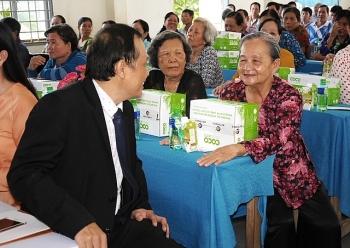 tang phan bon huu co cho nong dan xay dung vuon dua mau theo chuan organic