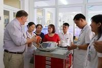 vinacapital tai tro chuong trinh nang cao nang luc cap cuu nhi khoa tai son la