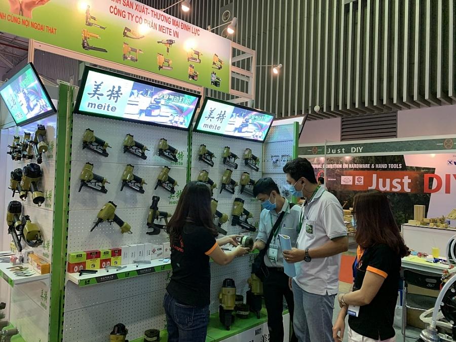 """Lần đầu tiên triển lãm gian hàng """"từ xa"""" tại  Hội chợ Vietnam Expo 2020"""
