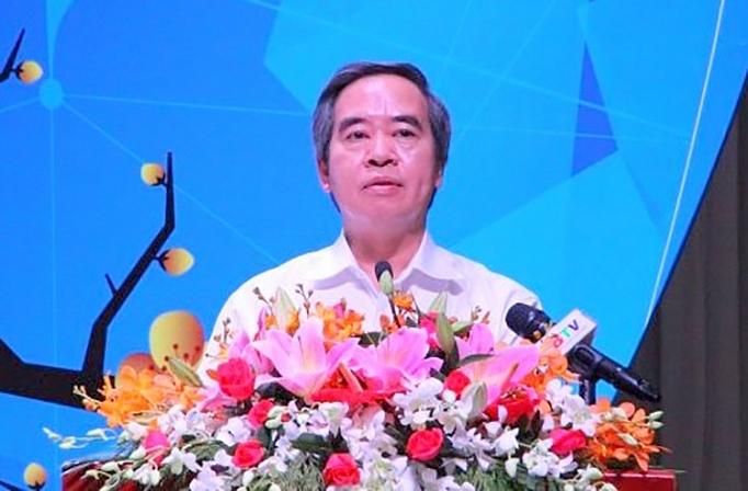truong ban kinh te trung uong tham tang qua tet cho cong nhan lao dong kho khan tai binh duong