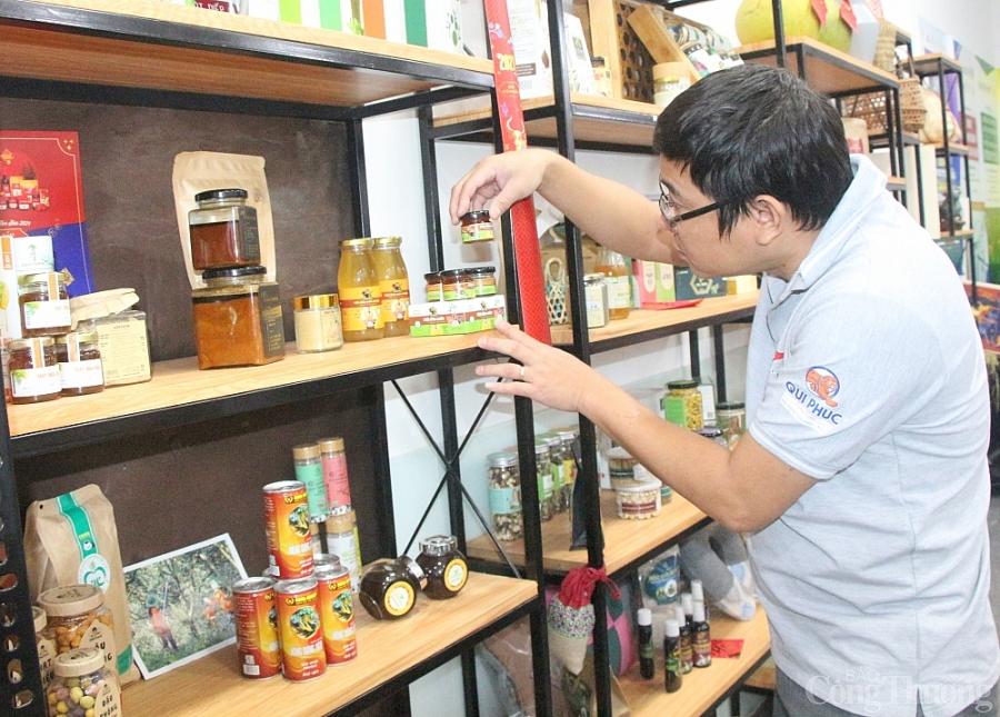 Sàn điện tử hàng Việt Nam chất lượng cao: Hỗ trợ doanh nghiệp xúc tiến thương mại, quảng bá thương hiệu và bán hàng