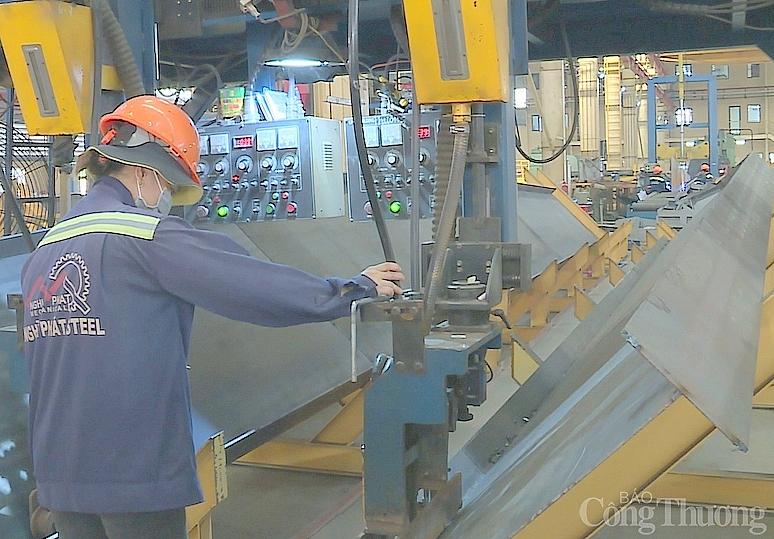 """TP. Hồ Chí Minh: Hơn 400 doanh nghiệp đảm bảo điều kiện sản xuất """"3 tại chỗ"""""""